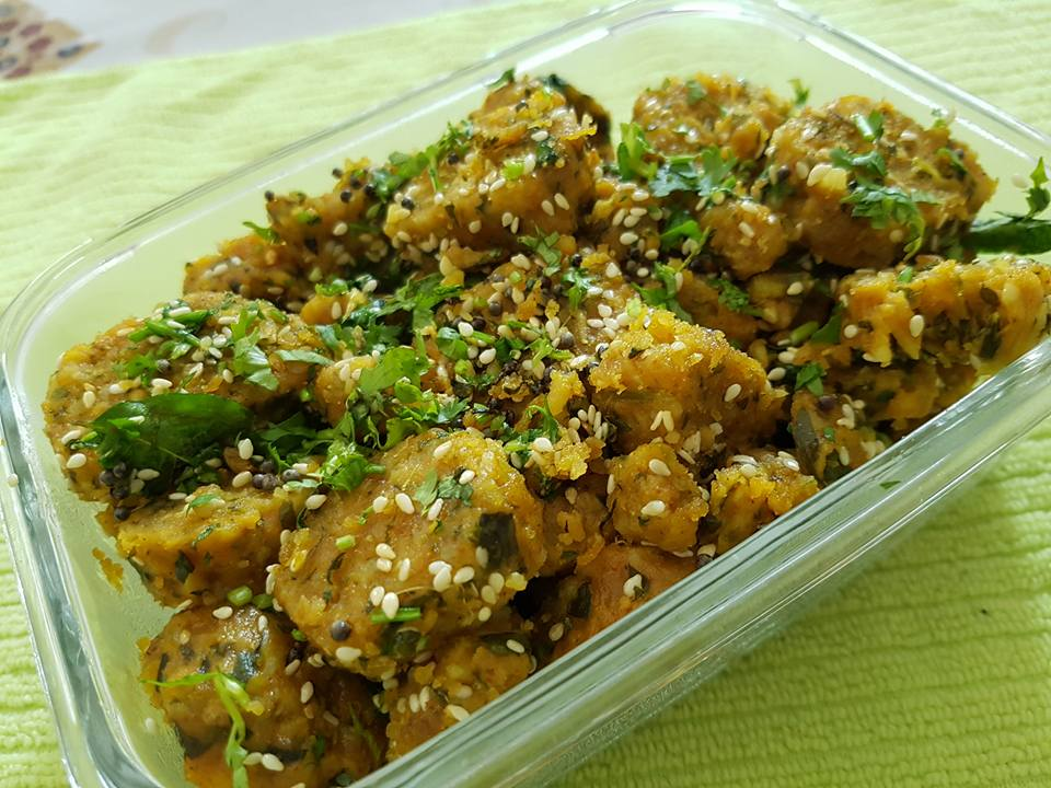 lauki-methi Muthia-by-Rasoirecipes